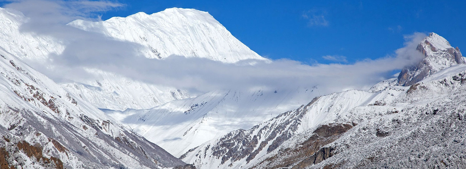 Nepal Manang Tilicho Lake Trek- World's Highest Lake